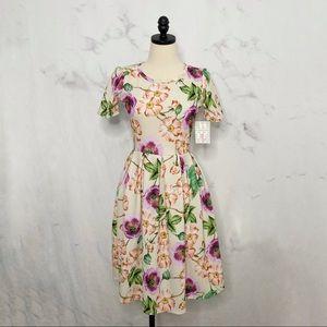 NWT LuLaRoe Floral Short Sleeve Amelia Dress Sz S